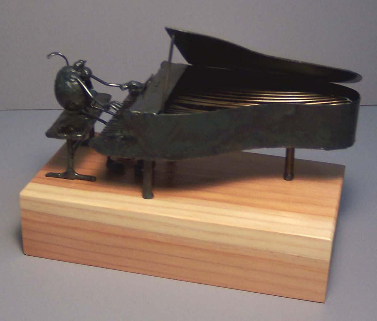 Piano, grand